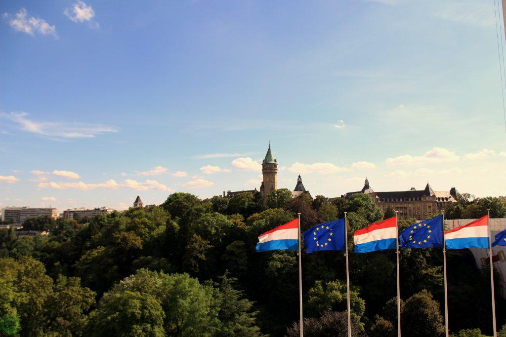 Panorama da Place de la Constitution