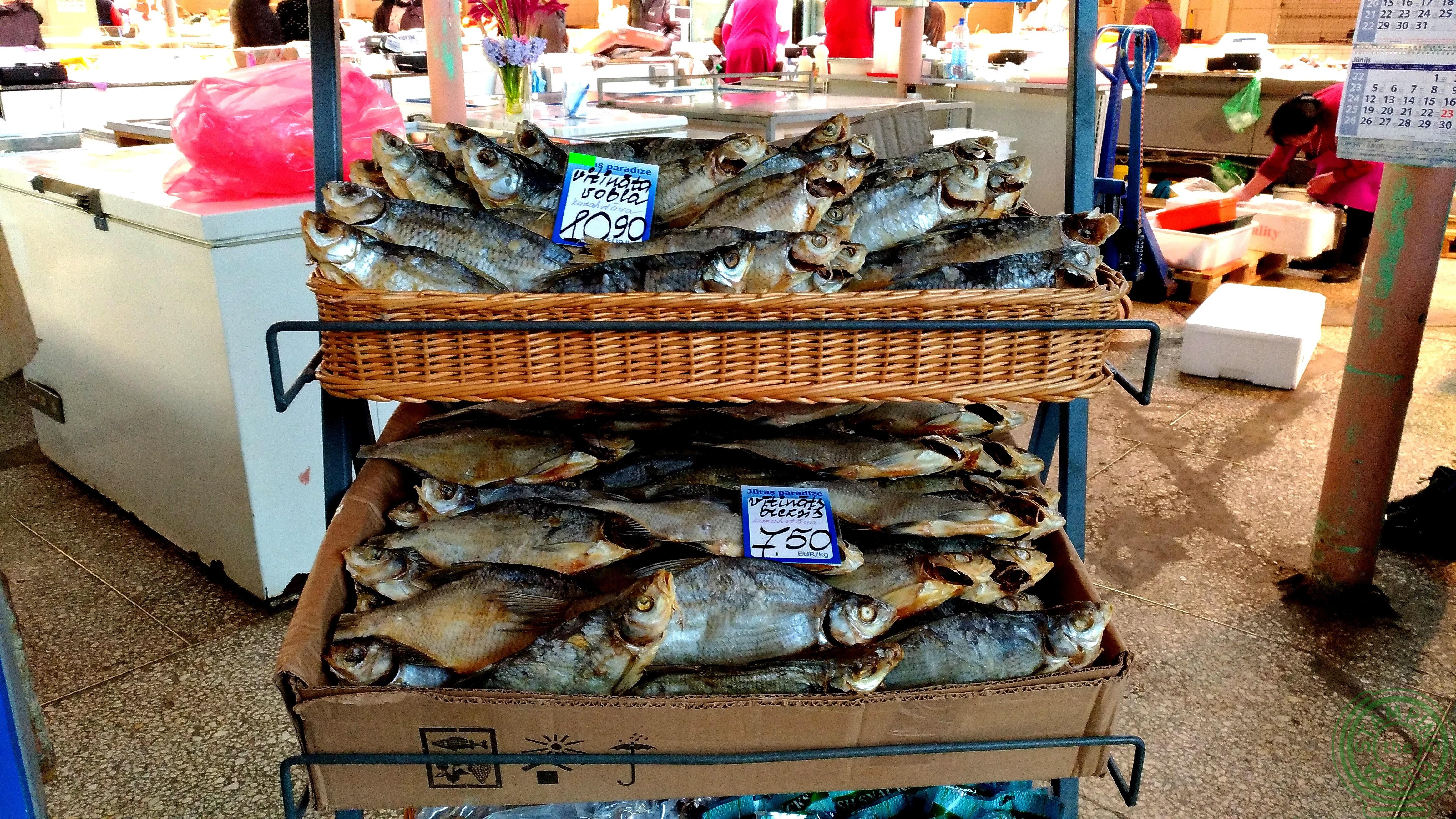 il mercato centrale di Riga - pesce
