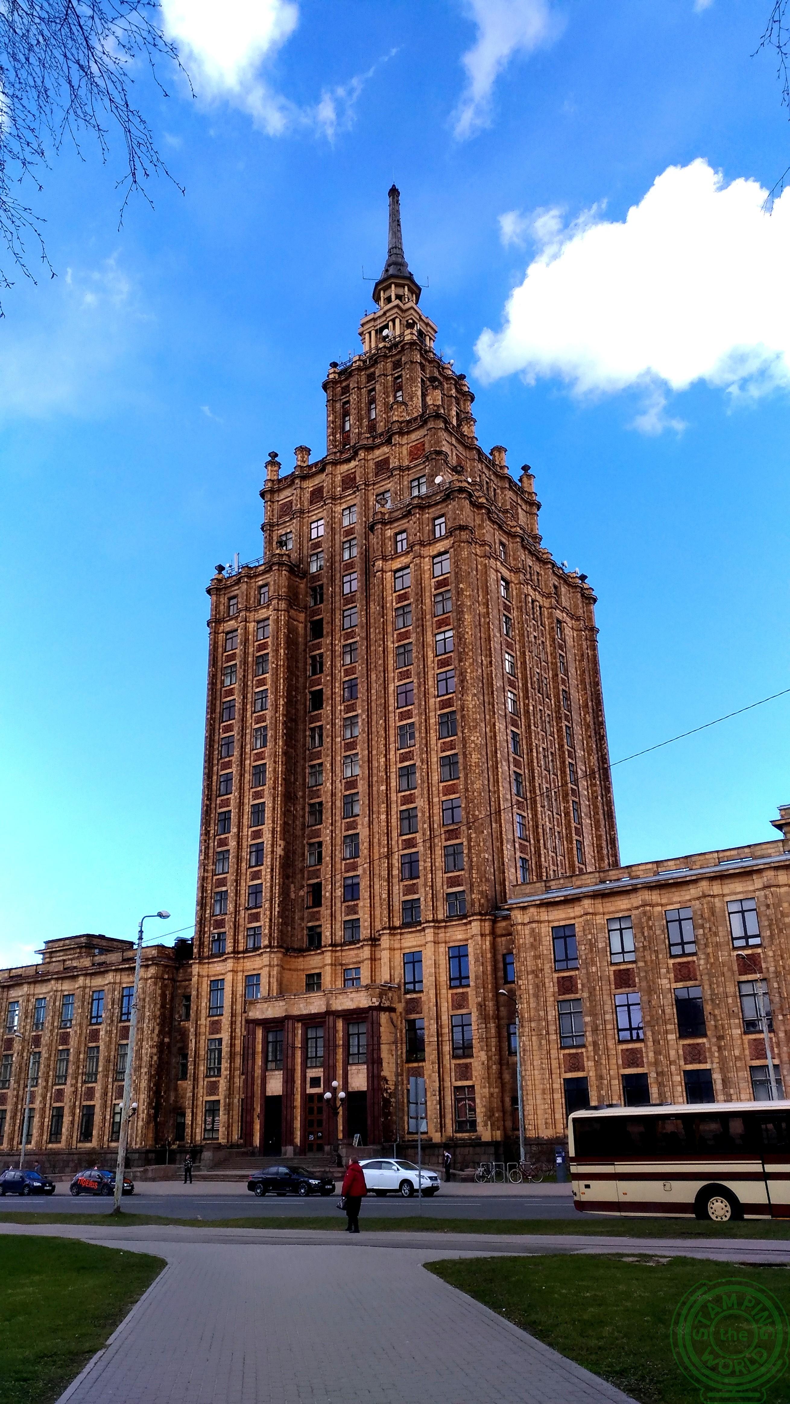L'accademia delle scienze - il quartiere russo di Riga