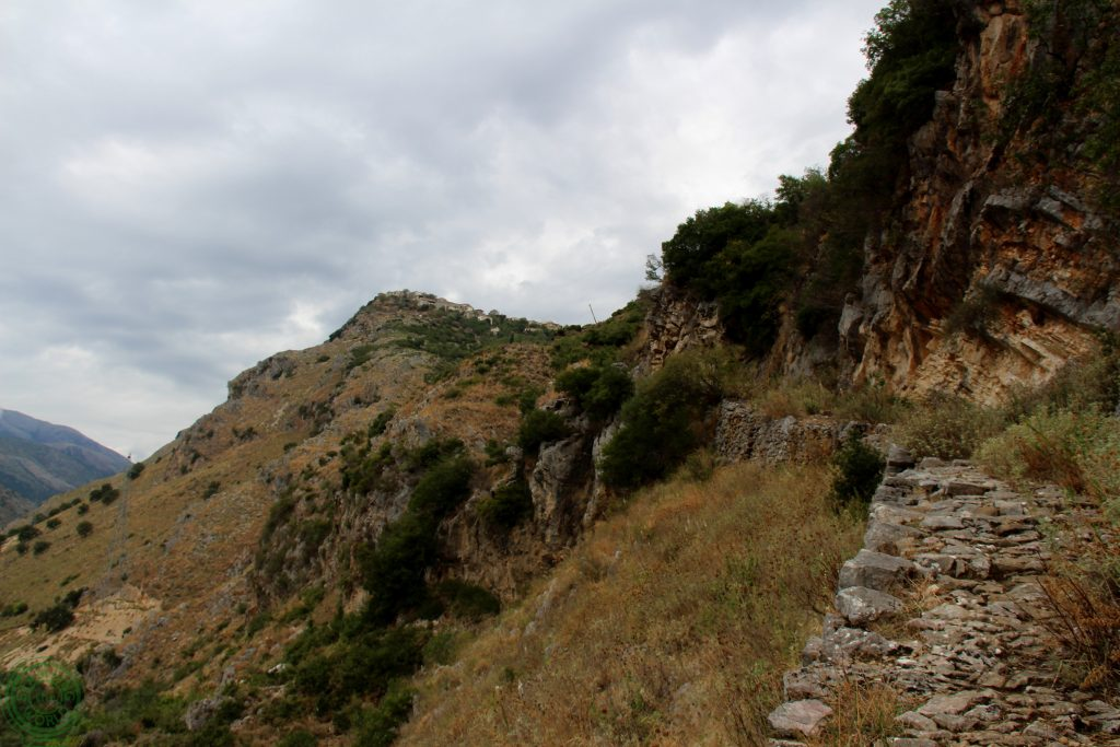 Strada per Qeparo - Muoversi in Albania