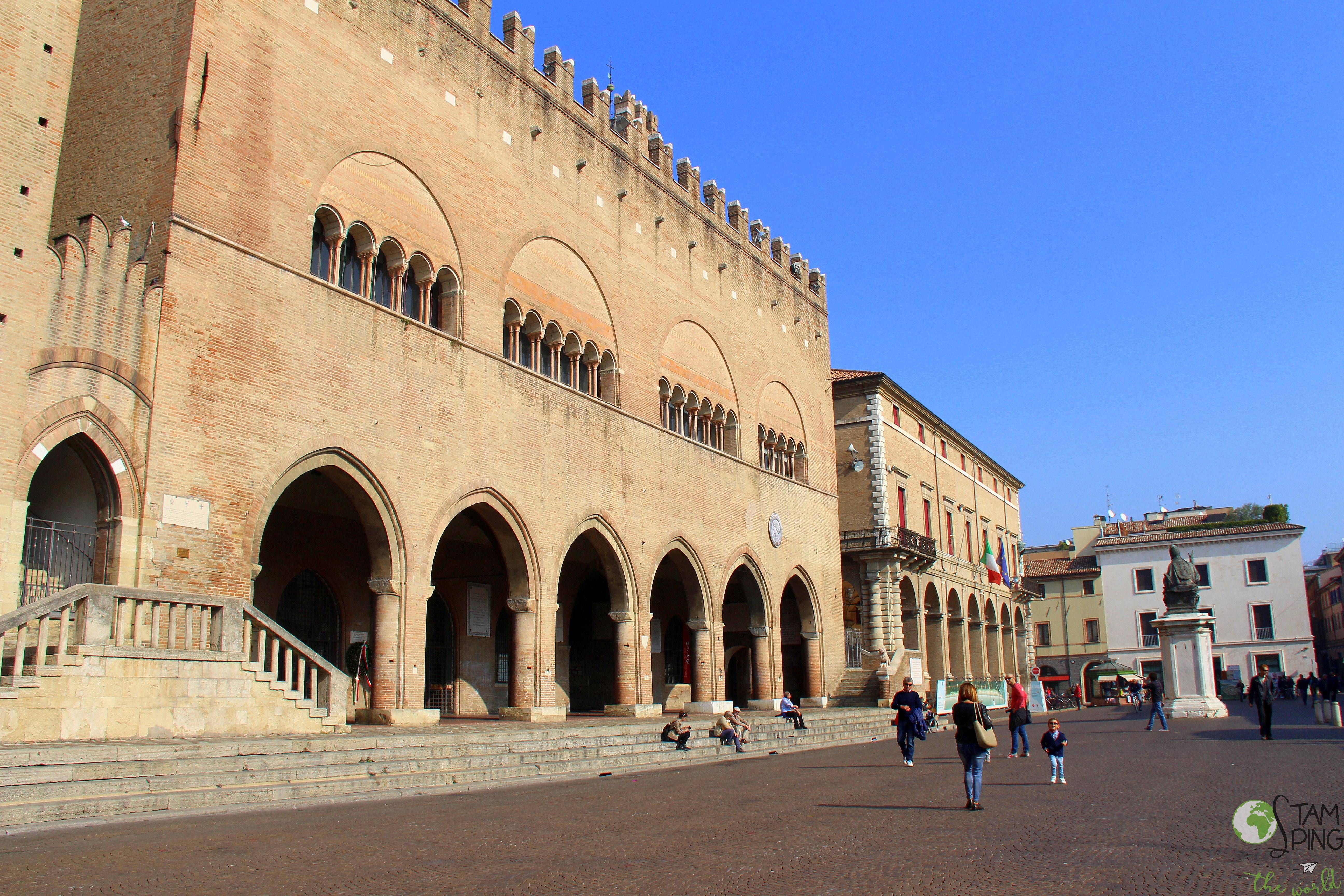 Piazza Cavour - Cosa vedere a Rimini