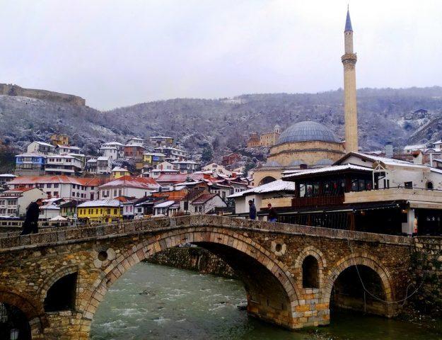 kosovo racconto di viaggio prishtina - veduta di Prizren