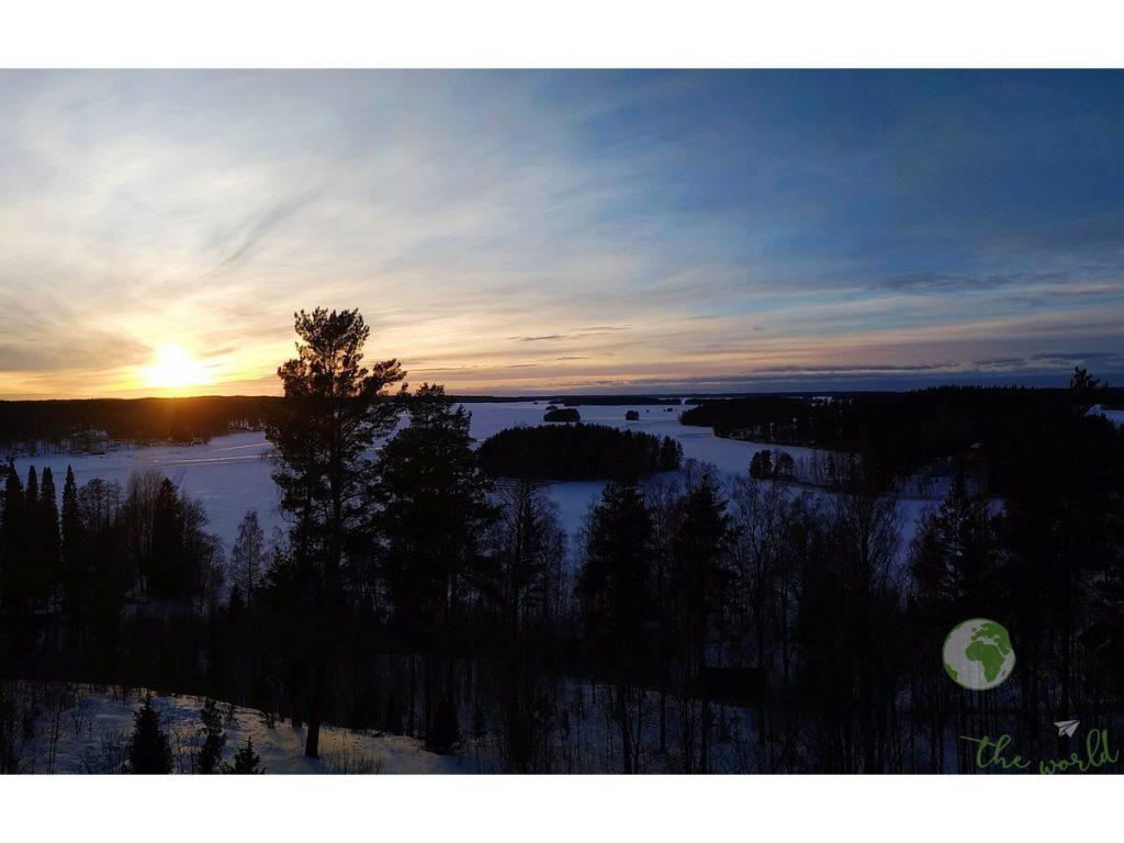 Sauna finlandese - Il lago ghiacciato al tramonto
